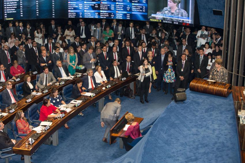 Sílvia Ferraro: conclusões do discurso da Dilma em tempo real