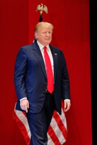 donald_trump_sr-_at_citizens_united_freedom_summit_in_greenville_south_carolina_may_2015_by_michael_vadon_01-683x1024-1