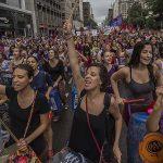 750 mil manifestam-se em Barcelona pela libertação dos presos políticos