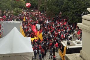 Protesto neste 10 de maio em Curitiba