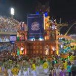 Carnaval em Brasília tira sarro de Temer e dribla repressão