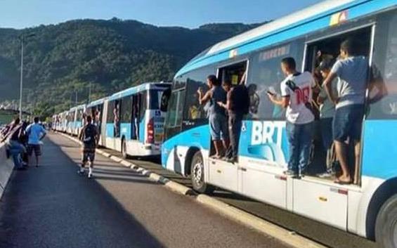 Em 2016, protesto exigiu a reforma da estação do BRT
