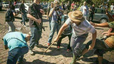 Grupo ataca caravana de Lula em Santa Maria