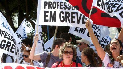 Professores de Manaus em greve