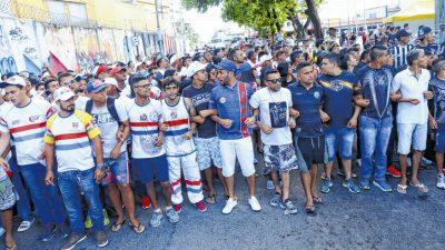 Ato unificado das torcidas organizadas, em Fortaleza (CE)