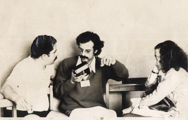 1978 : entrevista do Versus com Lula sobre a construção do PT 1992 : o entrevistador é expulso do PT por questões políticas 2018: o entrevistador defende Lula contra a prisão pelo Judiciário burguês