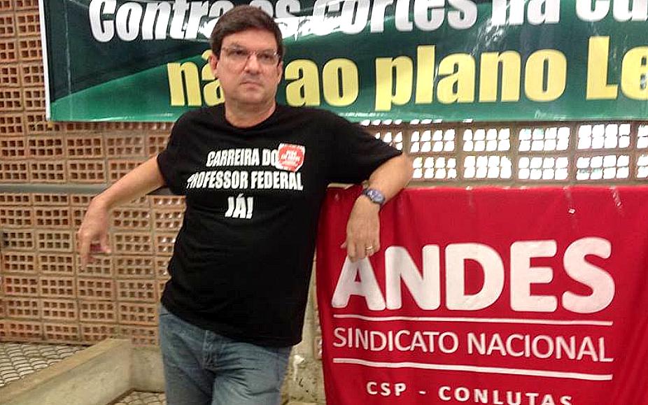 Carlos Zacarias, professor da UFBA