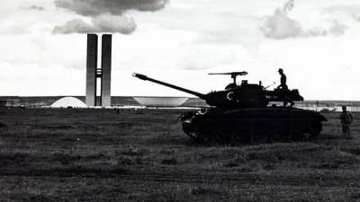 Tanques em Brasília em 1964. Foto: Arquivo Público do DF