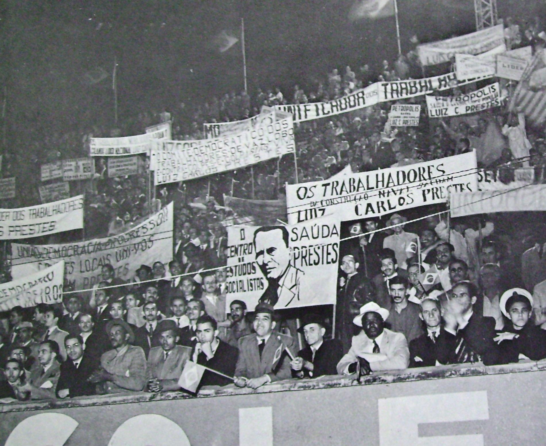 Comício organizado pelo PCB em São Januário em 23 de maio de 1945