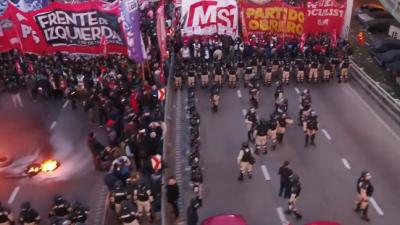 Marcha em Buenos Aires. Reprodução Infobae