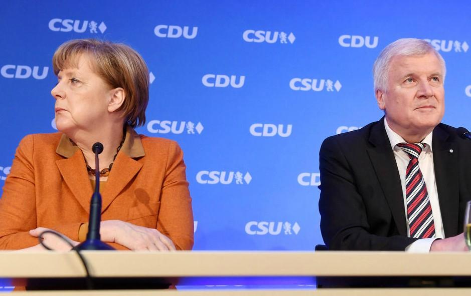 Merkel e o líder da CSU, Horst Seehofer. Foto: DW / Deutsche Welle