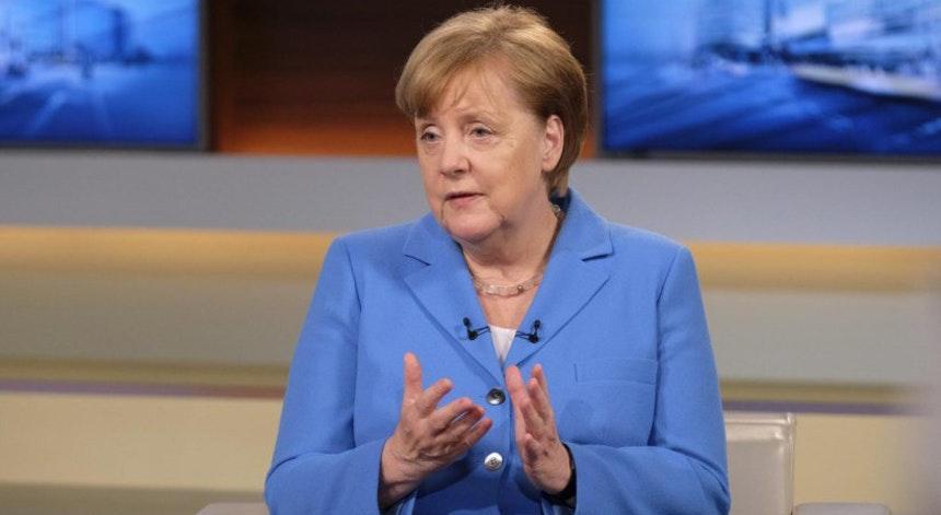 Angela Merkel, que enfrenta crise política por conta da questão imigratória. Foto: LUSA/NDR/Wolfgang Borrs
