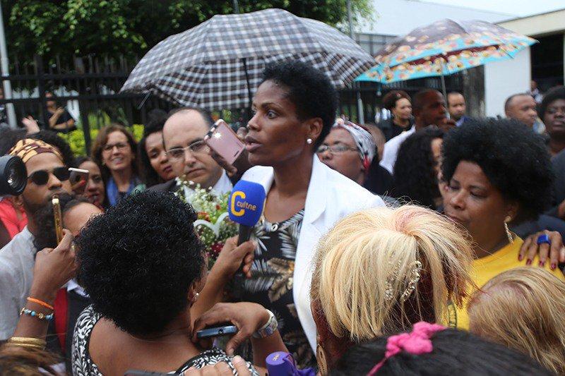 Advogada Valéria dos Santos, no ato em Duque de Caxias.
