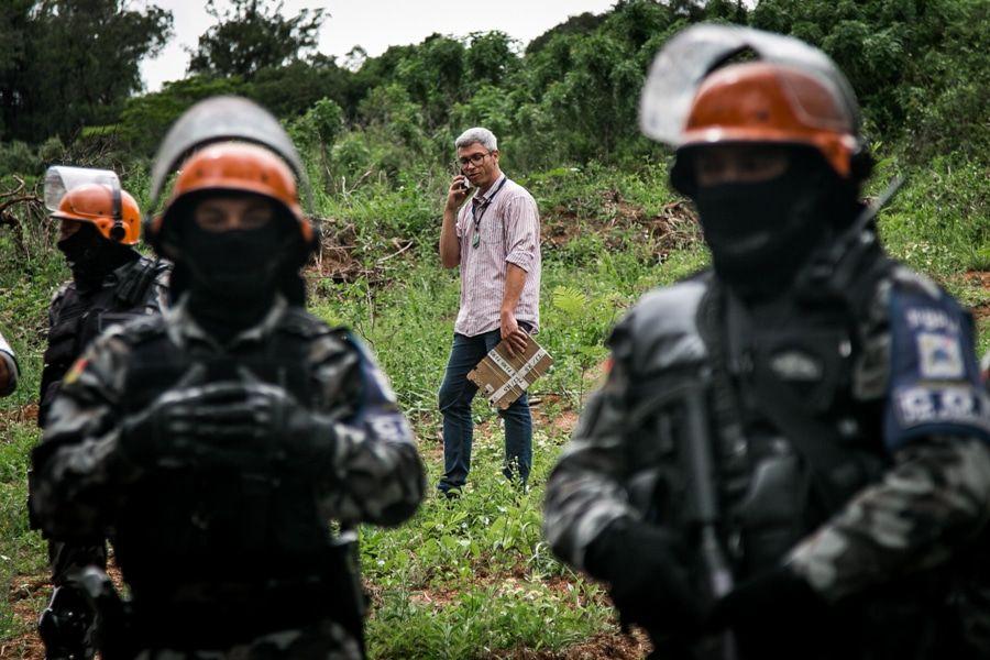 Policiais e um oficial de justiça estiveram no quilombo no dia de novembro.