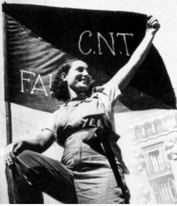 Mulher espanhola posa para fotografia exibindo a bandeira vermelha e preta da CNT FAI.